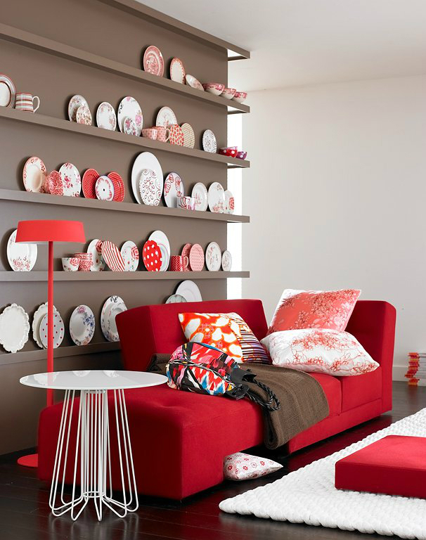 -------------------------------------decoration in red 3 3