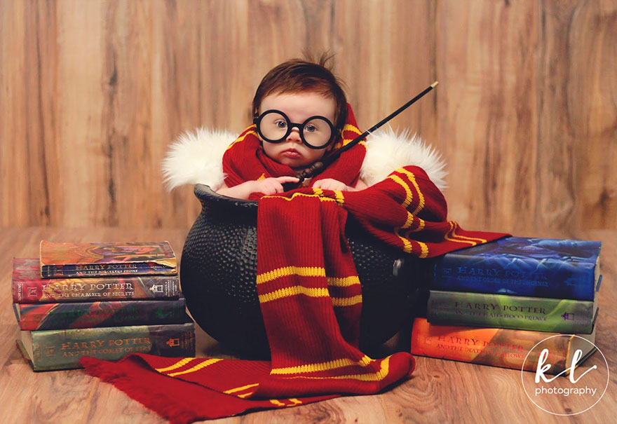 newborn baby harry potter photo shoot kayla glover 1