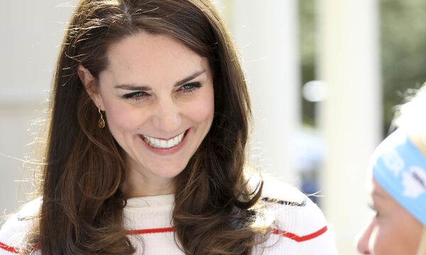 Kate Middleton: Η δούκισσα σε παιδική ηλικία & μάλιστα ντυμένη παρανυφάκι - Σπάνιο βίντεο (vid)